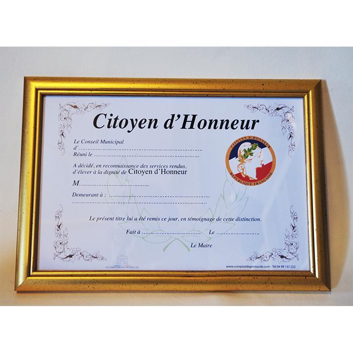 DIPLOME DE CITOYEN D HONNEUR avec cadre