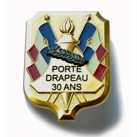 INSIGNE PORTE DRAPEAU 30 ans