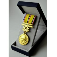 MEDAILLE SAPEURS POMPIERS 40 ANS GRAND OR