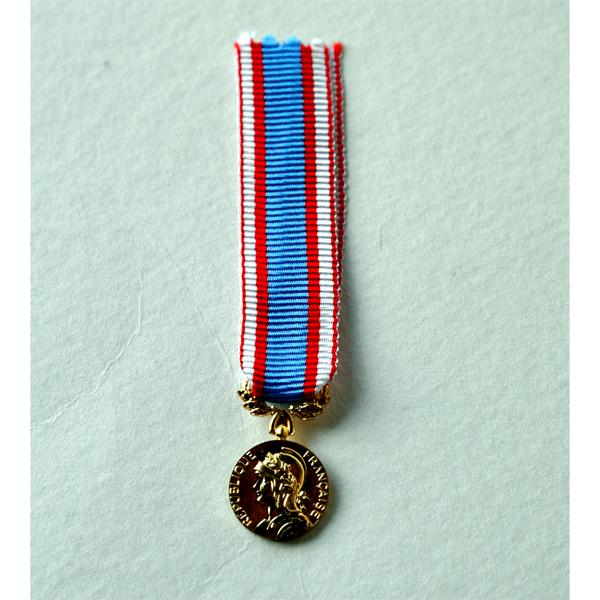 COMMEMORATIVE AFN reduction miniature