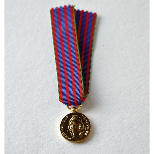 COMMEMORATIVE FRANCAISE reduction miniature