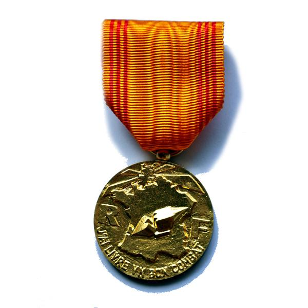 MEDAILLE DU REFRACTAIRE